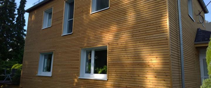 Wohnhaus Holzfassaden